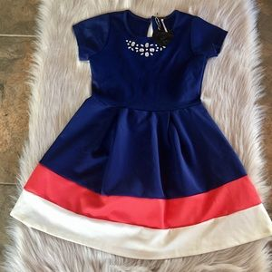 Poof! Size L Girls Brand New
